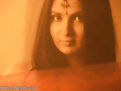 Brunette, Indian